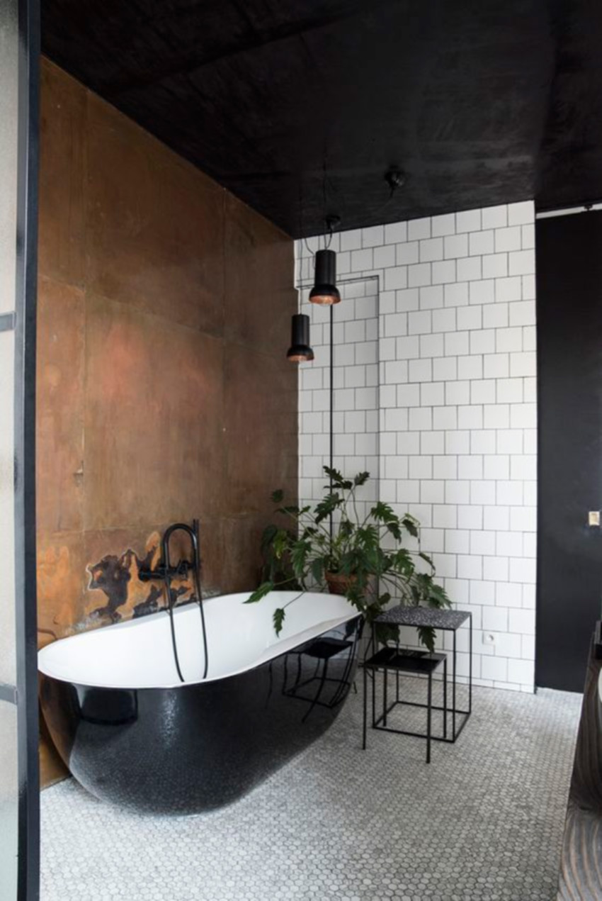 Black baths definitely make a statement.