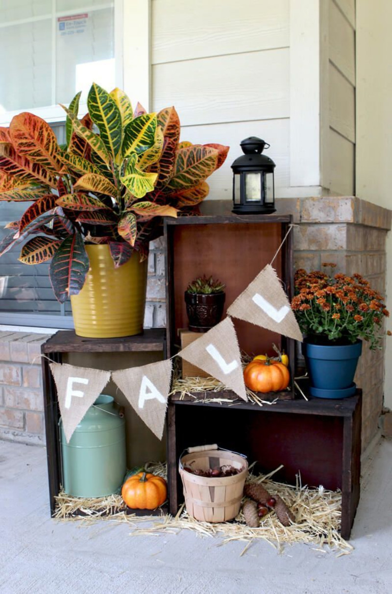 Crates are versatile additions to your front porch. Source: The Pioneer Woman