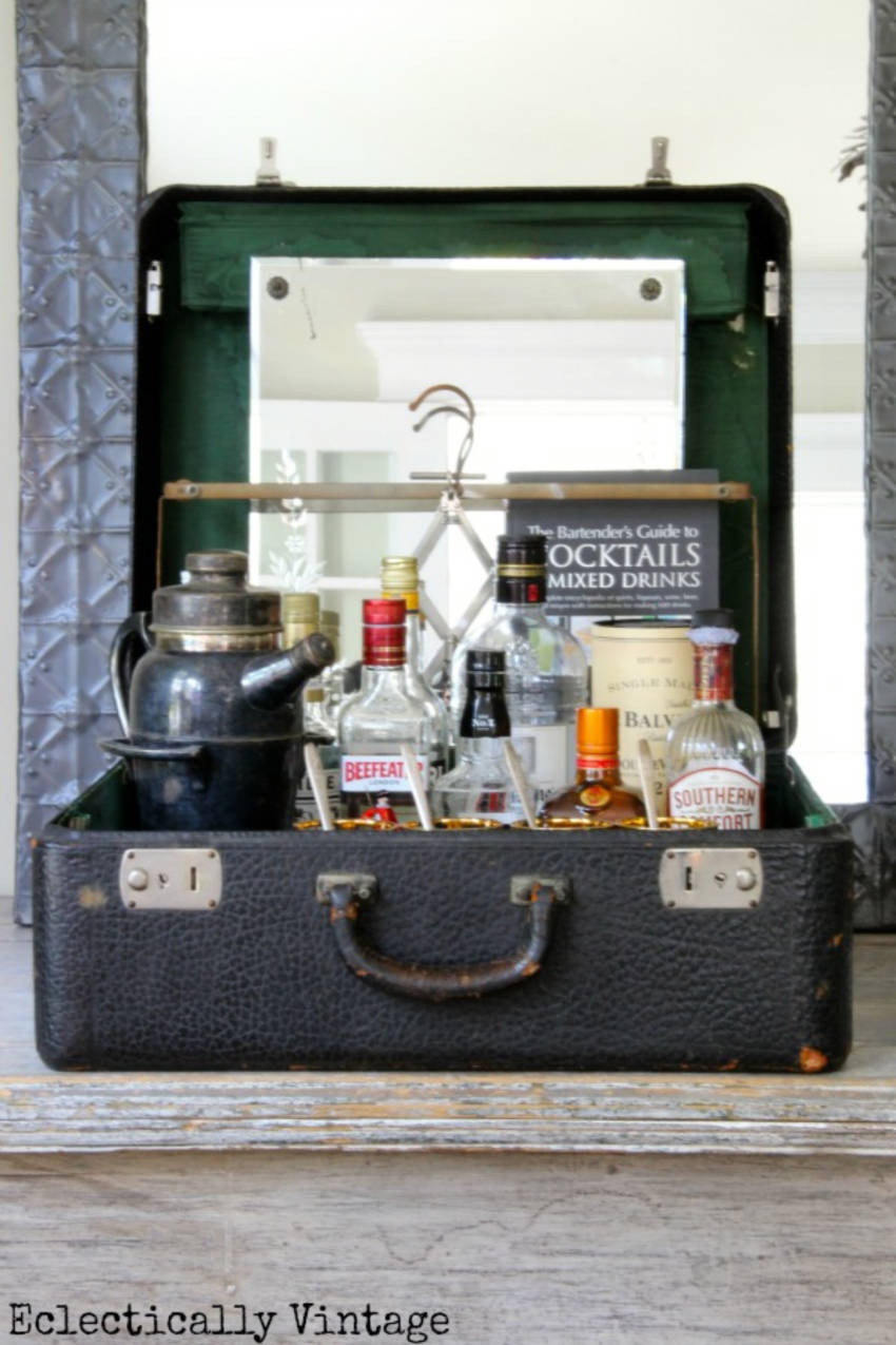 Have an old suitcase? Then you've got yourself a bar! Source: Kelly Elko