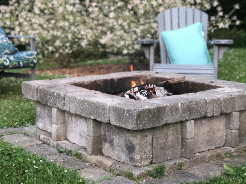 How To Build a Basic Backyard Fire Pit