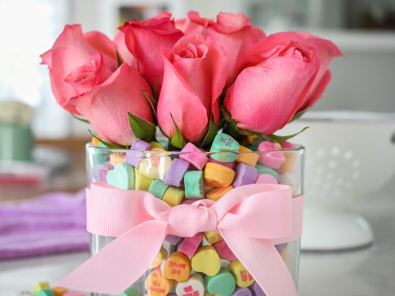 10 Easy Valentine's Day Decoration Ideas You Can Make Yourself