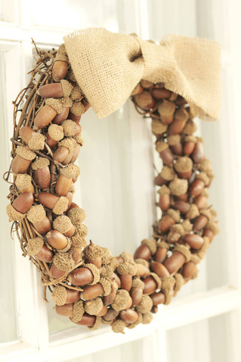 acorn and burlap wreath