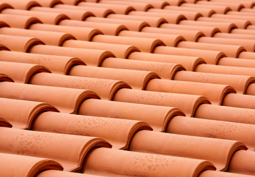 Clay tiles are beautiful and durable. Source: Klaverweiden