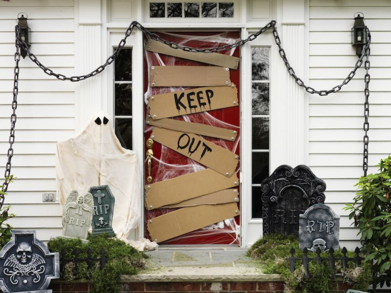7 Best Last Minute Outdoor Halloween Decoration Ideas