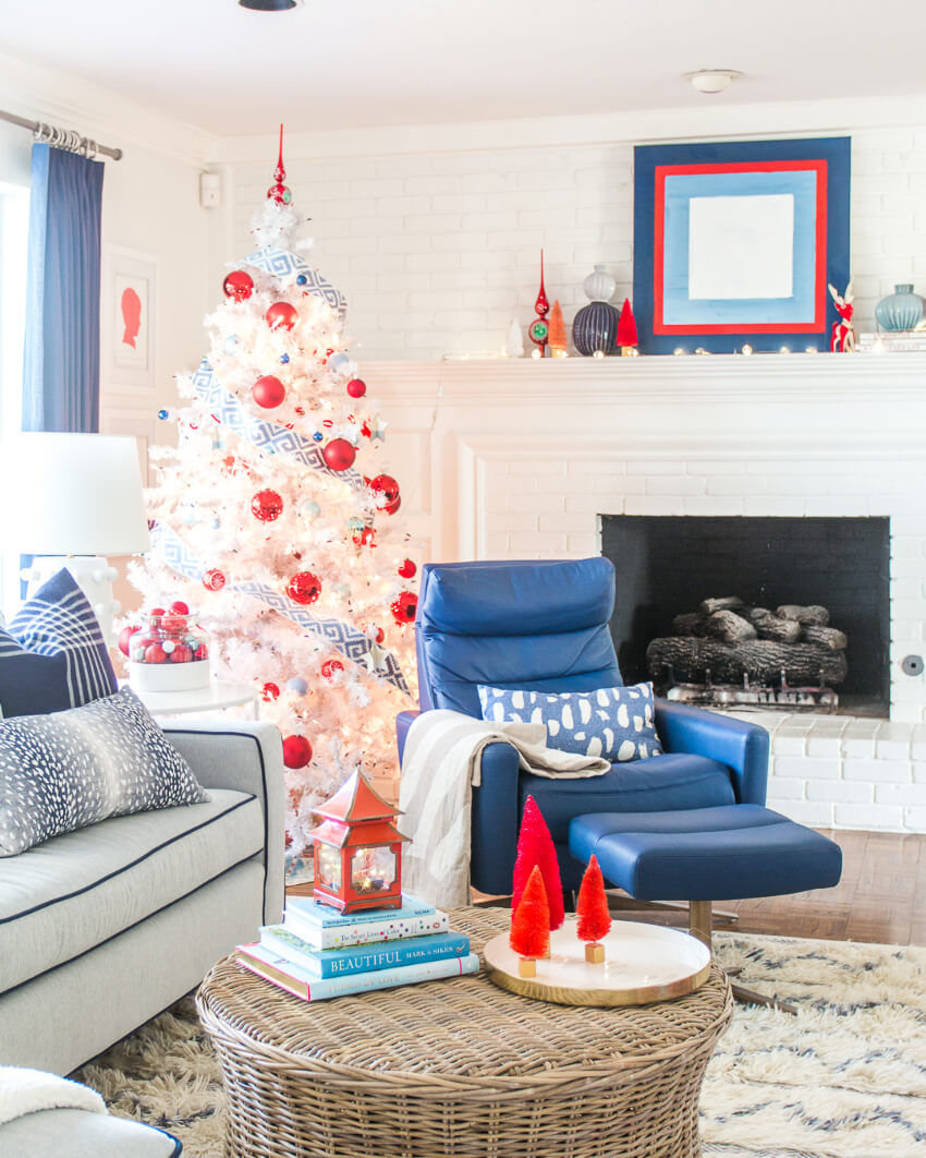 A nautical color scheme for a different Christmas. Source: Pencil Shaving Studio