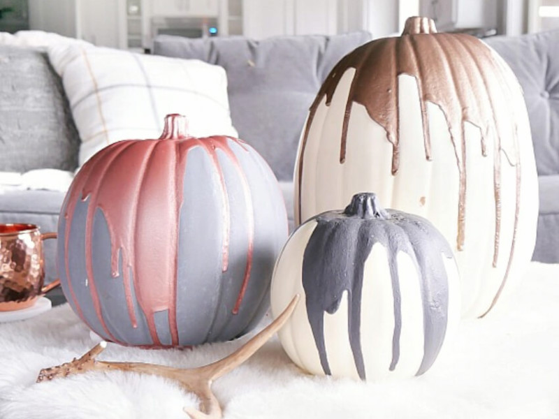 10 Easy Ideas To Decorate With Pumpkins Without Carving