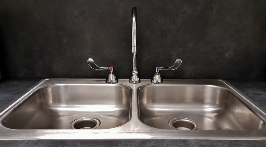 This short-term solution for clogged sinks is great. Source: Pixabay