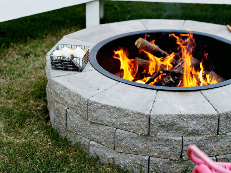 5 Great Backyard Fire Pit Ideas You Can Build Yourself