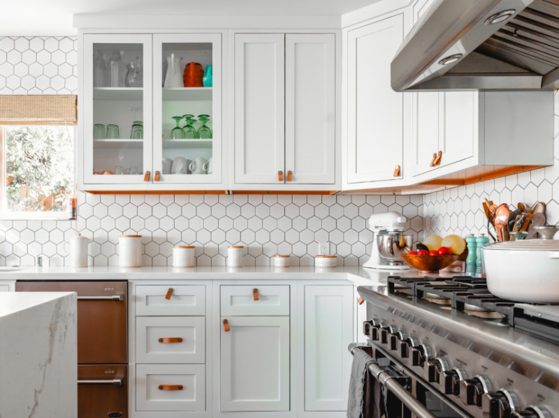 How To Properly Refinish Kitchen Cabinets In 4 Steps