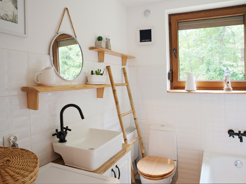 What Are The Best Paint Colors For Small Bathrooms?