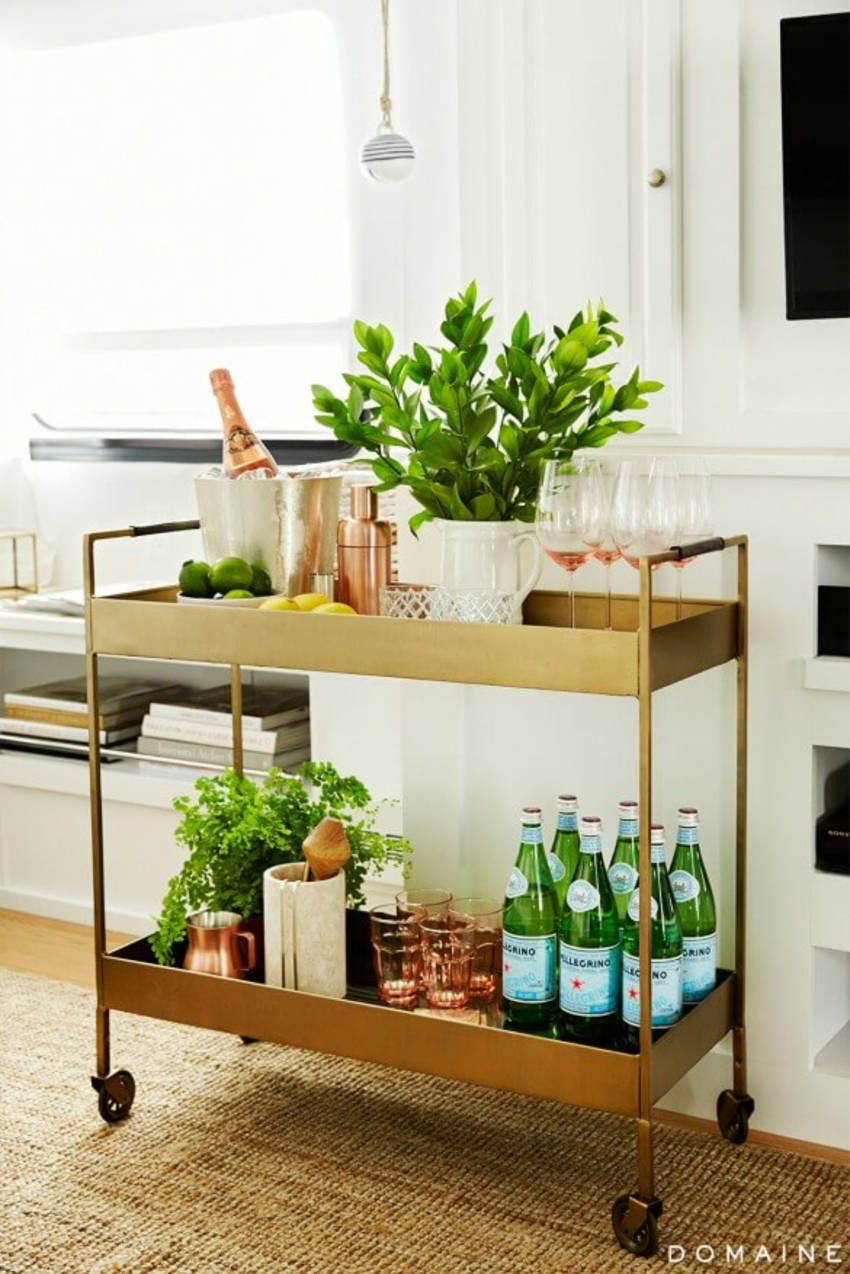 Don't be afraid to decorate with plants! Source: Home Wet Bar