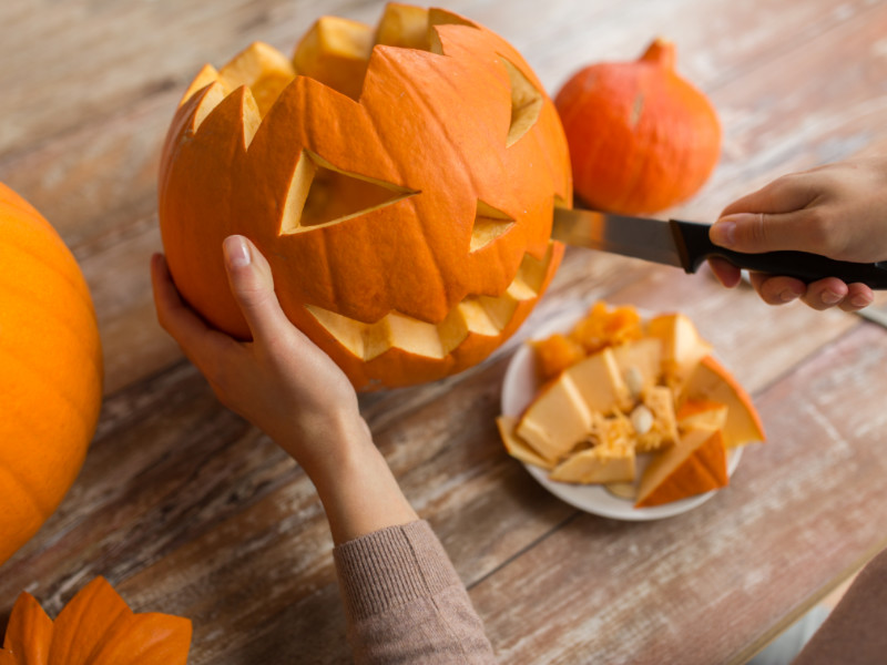 5 Ways To Celebrate Halloween Like The Old Days