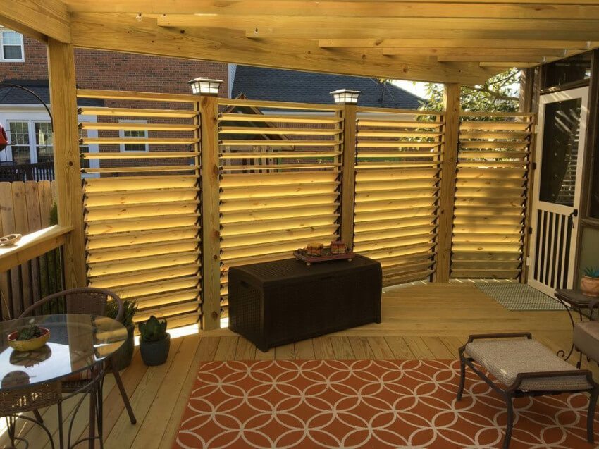 Close your deck with a beautiful wooden wall.