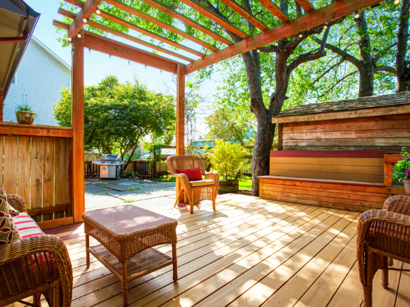 How To Revamp Your Deck Before Fall
