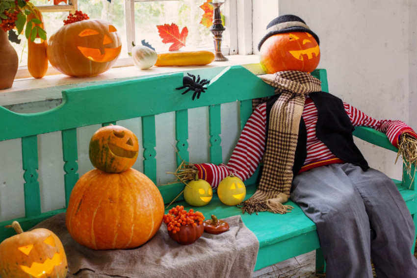 Create yourself a friendly scarecrow. Source: Good Housekeeping