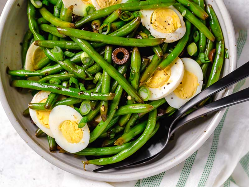 Green beans go well on a bunch of delicious recipes.