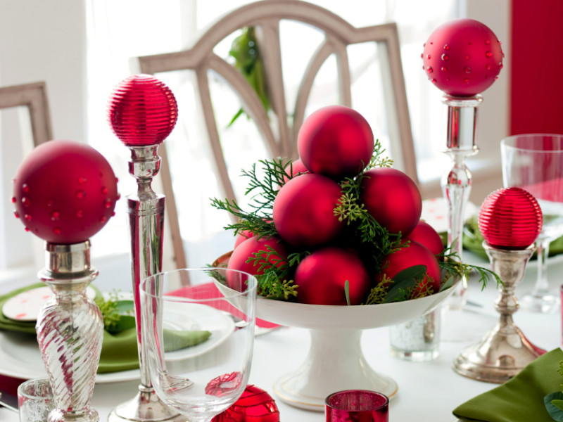 10 Christmas Centerpieces You Can Make Yourself