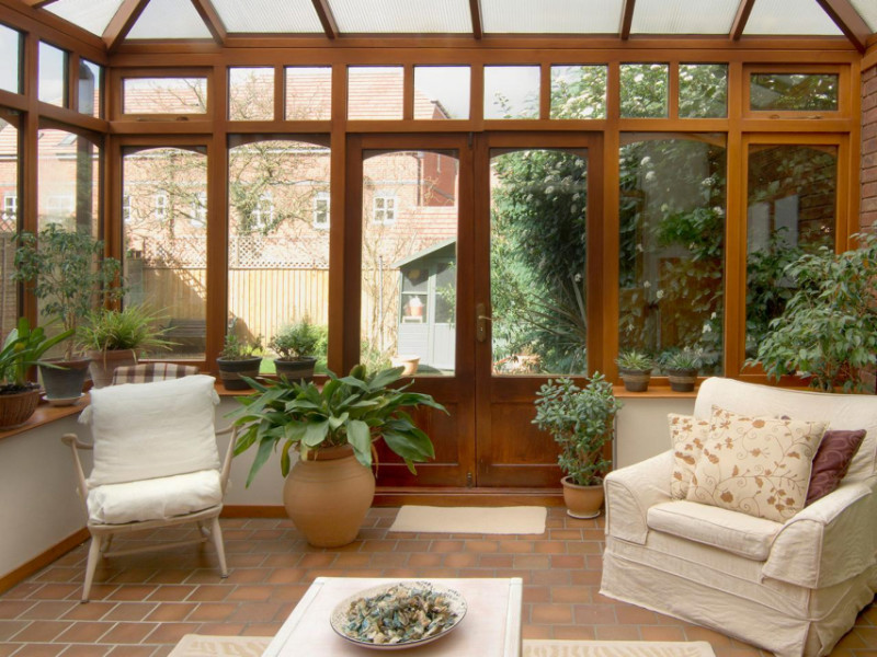 Top 7 Benefits of a Lanai Enclosure for Your Home