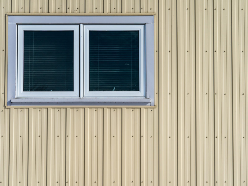 3 Ways You Can Paint Metal Siding On A Mobile Home
