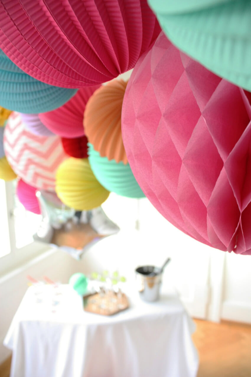 Paper lanterns can be DIY'd! Source: Lantern and Lampion