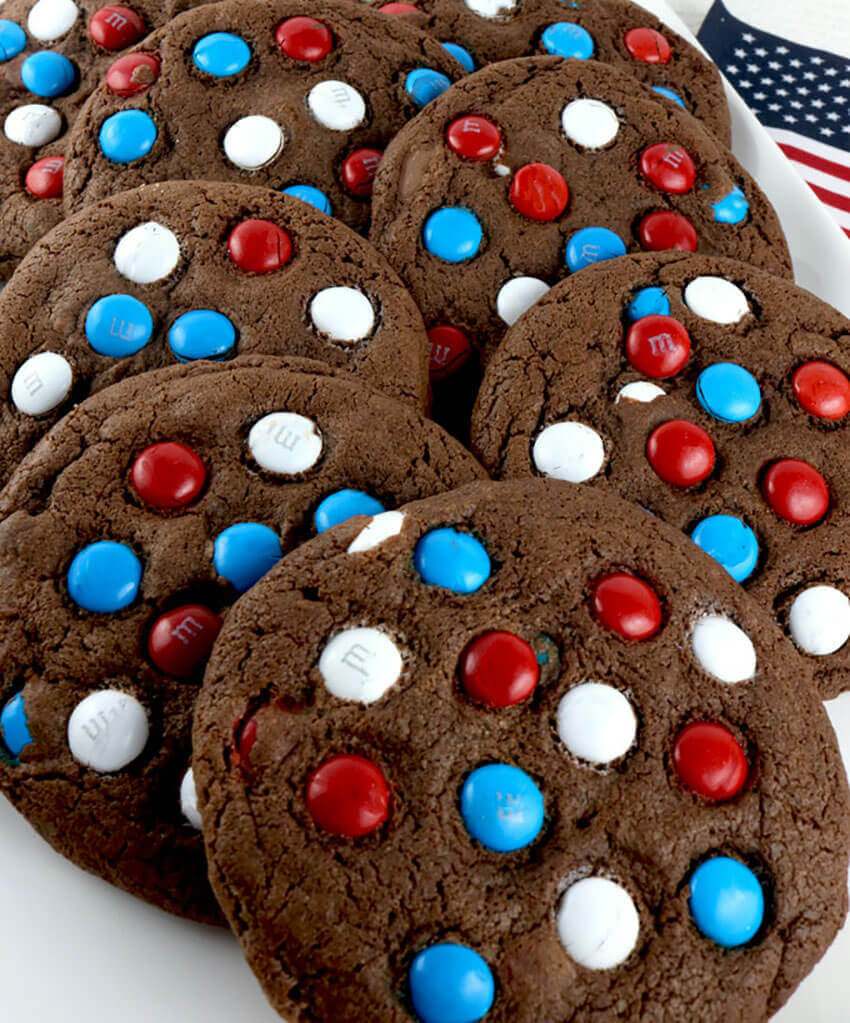 Delicious and thematic chocolate cookies.