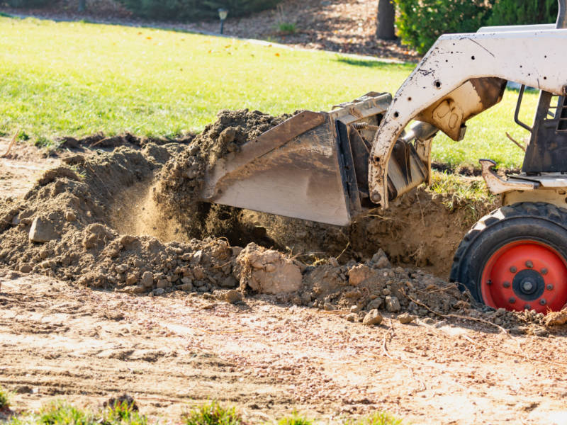 The Pros and Cons of Popular Ways to Dispose of Dirt