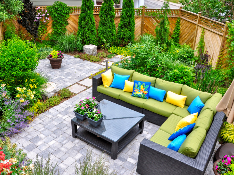 7 Beautiful Outdoor Space Ideas That Fit The Budget